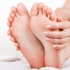 Cuidados preventivos que garantem a boa saúde dos pés